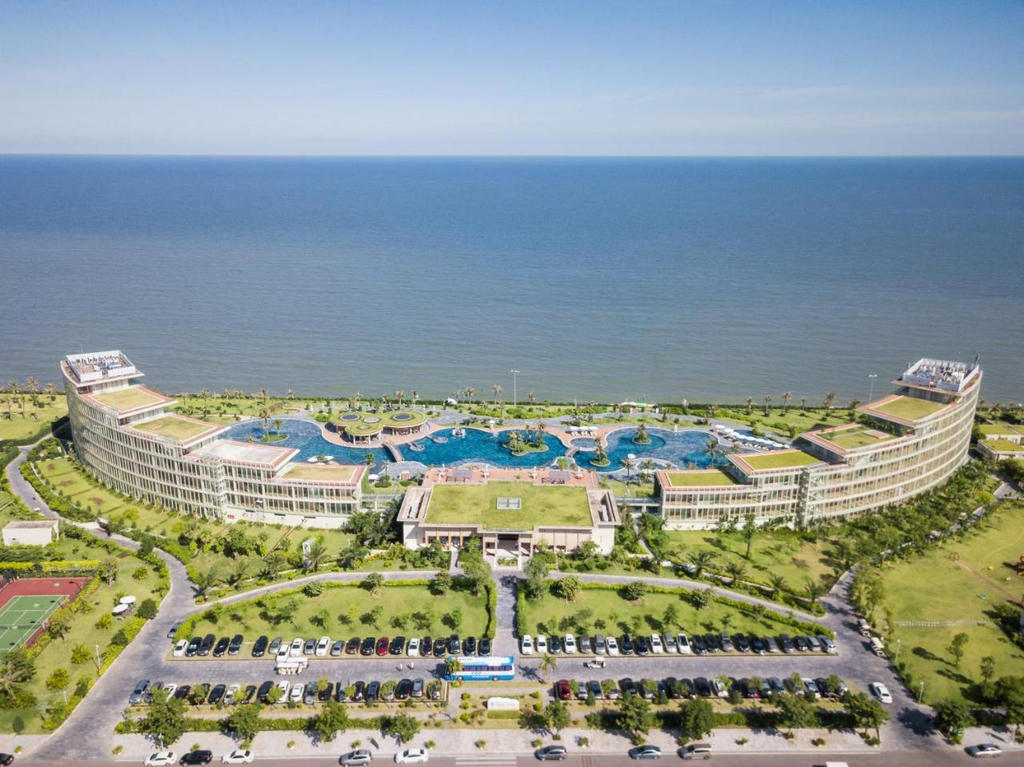 FLC Luxury Hotel Sầm Sơn