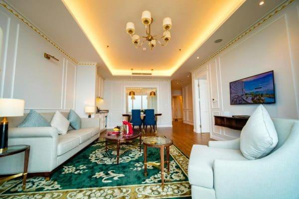 Phòng Grand Suite Golf View FLC Hạ Long