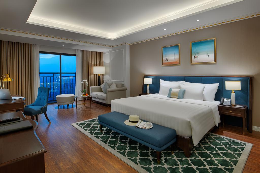 Lựa chọn đặt phòng nào tại khách sạn FLC Hạ Long?